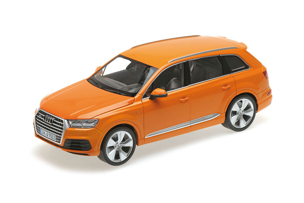Minichamps 110014004 1,18 audi q7 2015 Orange