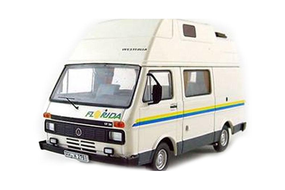 Premium CLASSIXXS 13376 1 43 VW Volkswagen  LT31 samping Westfalia Florida 1985  sortie en ligne