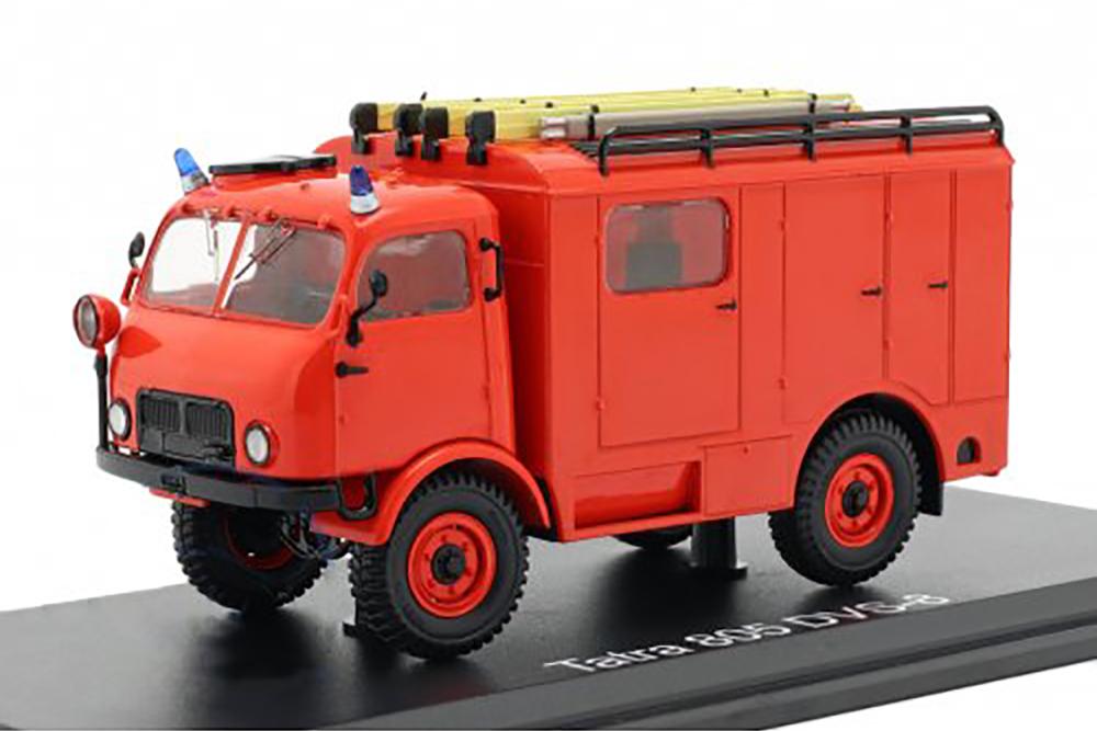 Premium ClassiXXs 47092 1 43 TATRA 805 DVS-8 4X4 FIRE BRIGADE 1953