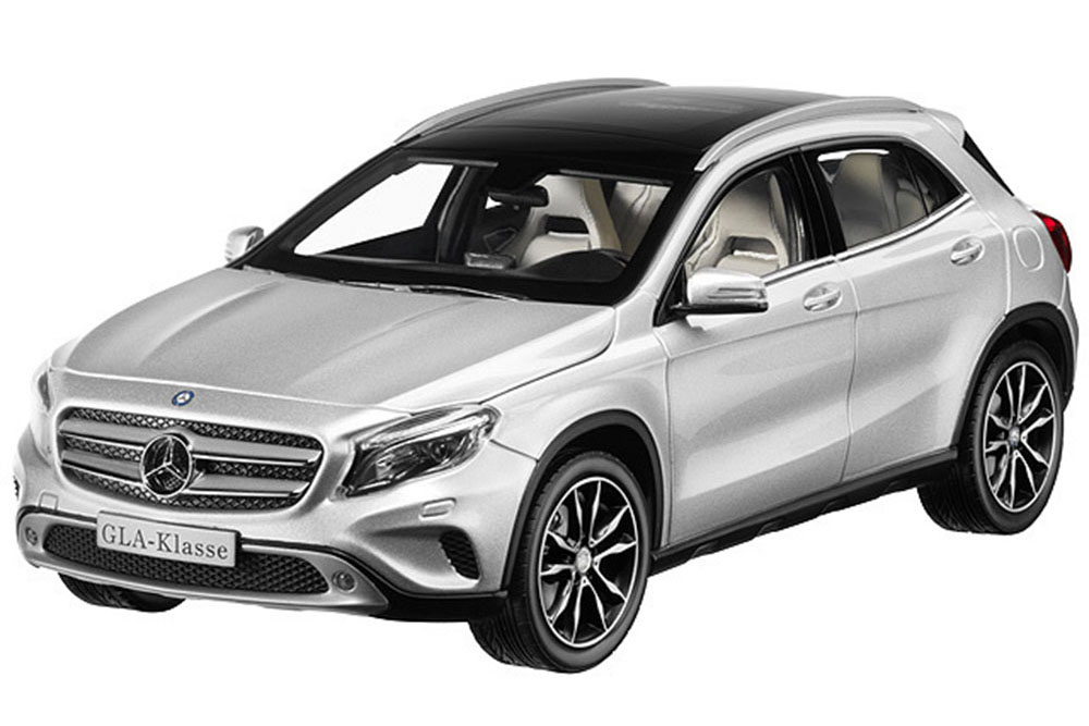 Norev-B66960267-1-18-MERCEDES-X156-GLA-CLASS-SUV-2013-SILVER-SPECIAL-EDITION-BY