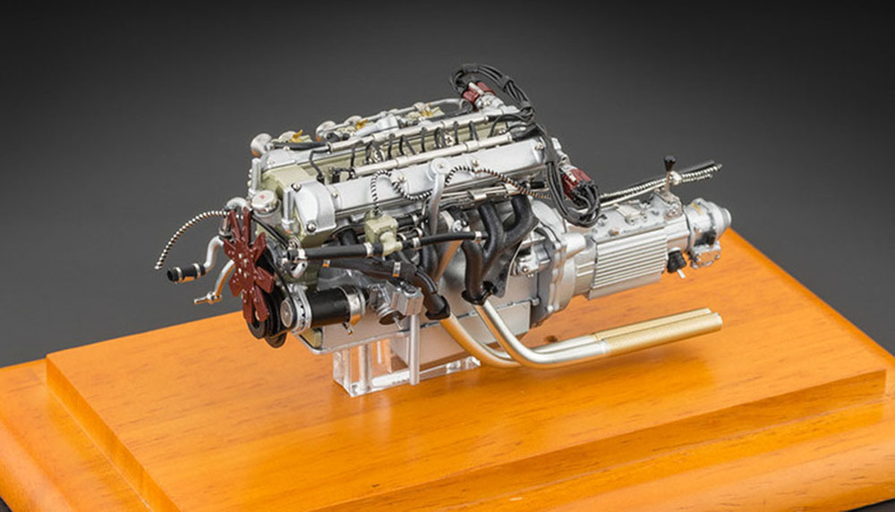 Aston Martin Db4 Gt Engine With Showcase 1961 Modellisimo Com Scale Models 1 18 1 43 1 12 M O D E L L I S I M O
