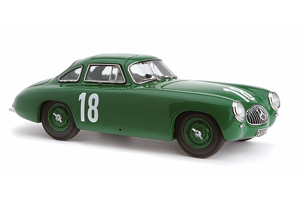 CMC-M-158-1-18-Mercedes-300-SL-Great-Price-of-Bern-1952-a-18-Green