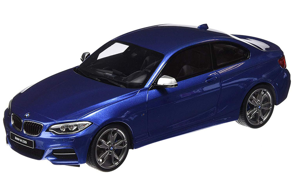 1:18 GT Spirit BMW m235i 2015 bluemetallic ltd 504 PC.