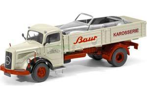 Mercedes L6600 Baur Karosserie 1952 Creme/Dark Red