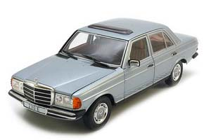Mercedes W123 230E Saloon 1984 Light Blue Metallic