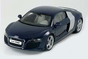 Audi R8 2007 Blue