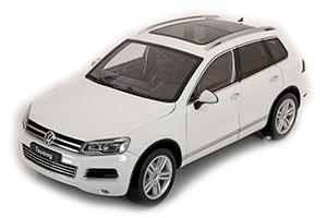 VW VOLKSWAGEN TOUAREG 2012 WHITE