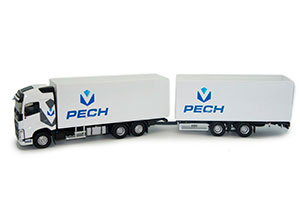 VOLVO FH4 500 WITH TRAILER