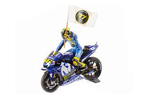YAMAHA YZR-M1 MOVISTAR YAMAHA VALENTINO ROSSI MOTOGP CATALUNYIA 2018 W/ FIGURINE W/ FLAG *ЯМАХА