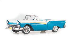 Ford Fairlane 500 Skyliner 1957 Blue/White