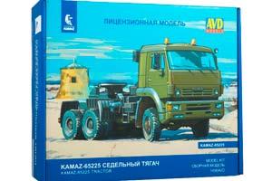MODEL KIT KAMAZ-65225 TRUCK TRACKTOR (USSR RUSSIA) | СБОРНАЯ МОДЕЛЬ КАМАЗ-65225 СЕДЕЛЬНЫЙ ТЯГАЧ