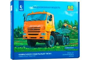 MODEL KIT KAMAZ-65225 (UPLIFTING) TRUCK TRACKTOR (USSR RUSSIA) | СБОРНАЯ МОДЕЛЬ КАМАЗ-65225 (РЕСТАЙЛИНГ) СЕДЕЛЬНЫЙ ТЯГАЧ
