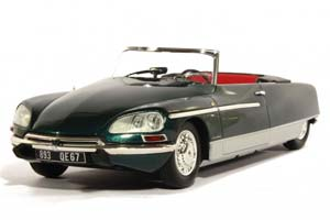 Citroen DS 21 Chapron Palm Beach 1968 Green (With Working Lights)