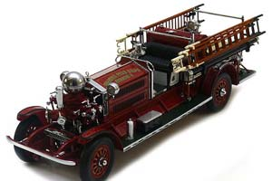 AHRENS-FOX N-S-4 FIRE TRUCK FORDS 1925 RED
