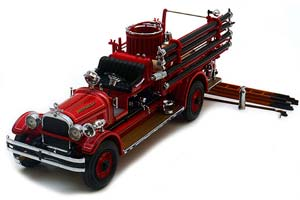 SEAGRAVE FIRE TRUCK 1927 RED