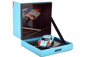 FORD GT40 MK 2 #1 THE REAL WINNER 24H LE MANS MILES/HULME 1966 SCALE 1:43 IN GIFT-BOX