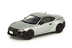 TOYOTA 86 RC 2013 SILVER