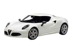 Alfa Romeo 4C 2013 Bianco Madreperla White