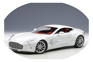 ASTON MARTIN ONE 77 2009 WHITE METALLIC