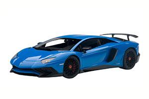 LAMBORGHINI AVENTADOR LP750-4 SV 2015 BLUE