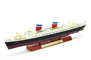 SHIP AMERICAN TRANSATLANTIC LINER SS UNITED STATES 1951 (MODEL 27 CM) | АМЕРИКАНСКИЙ ТРАНСАТЛАНТИЧЕСКИЙ ЛАЙНЕР SS