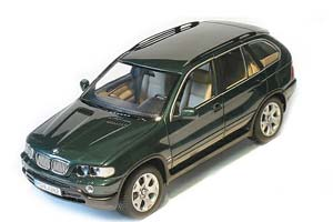 BMW E53 X5 4.4I 2002 GREEN