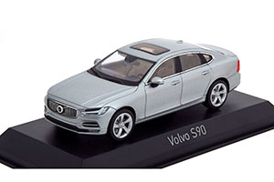VOLVO S90 SEDAN 2016 ELECTRIC SILVER