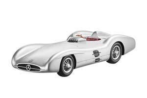 Mercedes W196 2,5l Stromlinie Stirling Moss/Juan-Manuel Fangio/Hans Herrmann/Karl Kling 1954 Silver