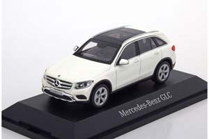 MERCEDES GLC-CLASS DESIGNO 2017 DIAMOND WHITE BRIGHT