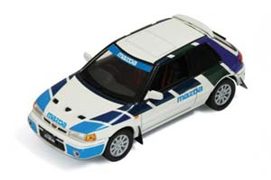 MAZDA 323 GT AE 1991 WHITE AND BLUE