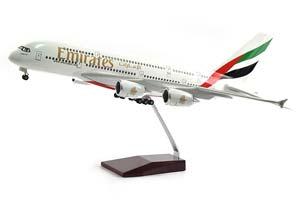 AIRBUS A380 EMIRATES | АЭРОБУС А380 АВИАКОМПАНИИ EMIRATES С ОСВЕЩЕНИЕМ САЛОНА НА ШАССИ ДЛИНА 46 СМ *ЭЙРБАС АЭРОБУС АИРОБУС