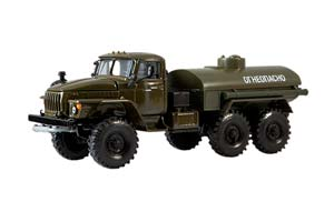 URAL 4320 PETROL TANK (USSR RUSSIA) GREEN | УРАЛ 4320 БЕНЗОВОЗ ХАКИ