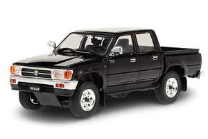 TOYOTA HILUX SR5 4X4 1997 BLACK