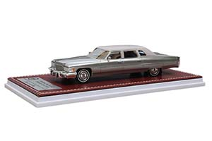 CADILLAC FLEETWOOD 75 LIMOUSINE 1976 SILVER