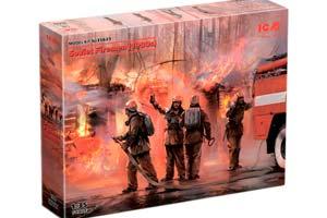 MODEL KIT SOVIET FIRE FIGHTERS (1980s) | СОВЕТСКИЕ ПОЖАРНЫЕ (1980-Е Г.) *СБОРНАЯ МОДЕЛЬ