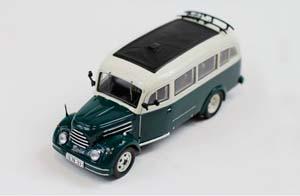 Robur Garant 30k VWB I8 1956 Green