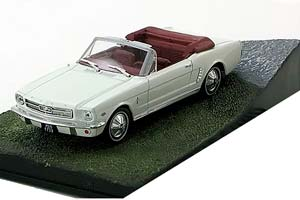 Ford Mustang Convertible Goldfinger 1964 White