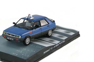 Renault 11 Taxi-A View to A Kill 1985 Blue