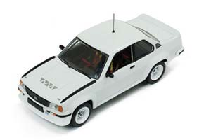 Opel Ascona 400 1981Rally Spec (2 set of wheels and tyres) All White