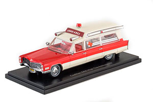 CADILLAC S&S AMBULANCE 1966 RED/WHITE