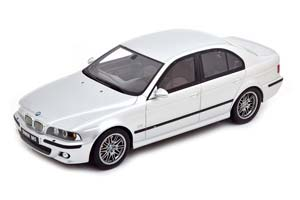 BMW M5 E39 5-SERIES WITH GRAY INTERIOR 2002 SILVER LIMITED EDITION 3000 PCS.