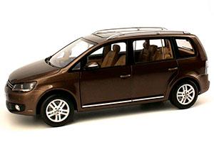 VW VOLKSWAGEN NEW TOURAN 2011 BROWN