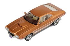 FORD GRAN TORINO SPORT 1972 GOLD