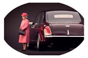 FIGURINE QUEEN ELIZABETH II IN PINK HIGH END FIGURINES FOR 1/18 MODELS NEW 2021 | ФИГУРКА 1:18 СКОРЛЕВА ЕЛИЗАВЕТА II В РОЗОВОМ ПАЛЬТО *ФИГУРКА ФИГУРИНА ФИГУРА