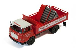 Unic Auteuil Gas Transporter-AnTargaz 1963 Red