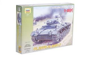 MODEL KIT GERMAN MEDIUM PANZER TANK T-III (F) | НЕМЕЦКИЙ СРЕДНИЙ ТАНК T-III (F) *СБОРНАЯ МОДЕЛЬ